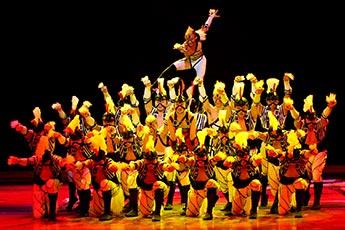 4-Jahreszeiten_Guandong-Acrobatic-Group-2011